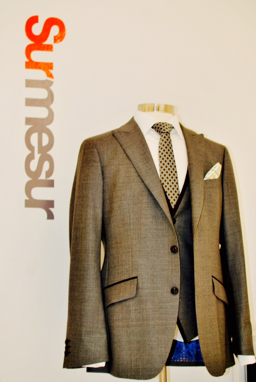 One of the many uniquely styled blazers available at Surmesur.