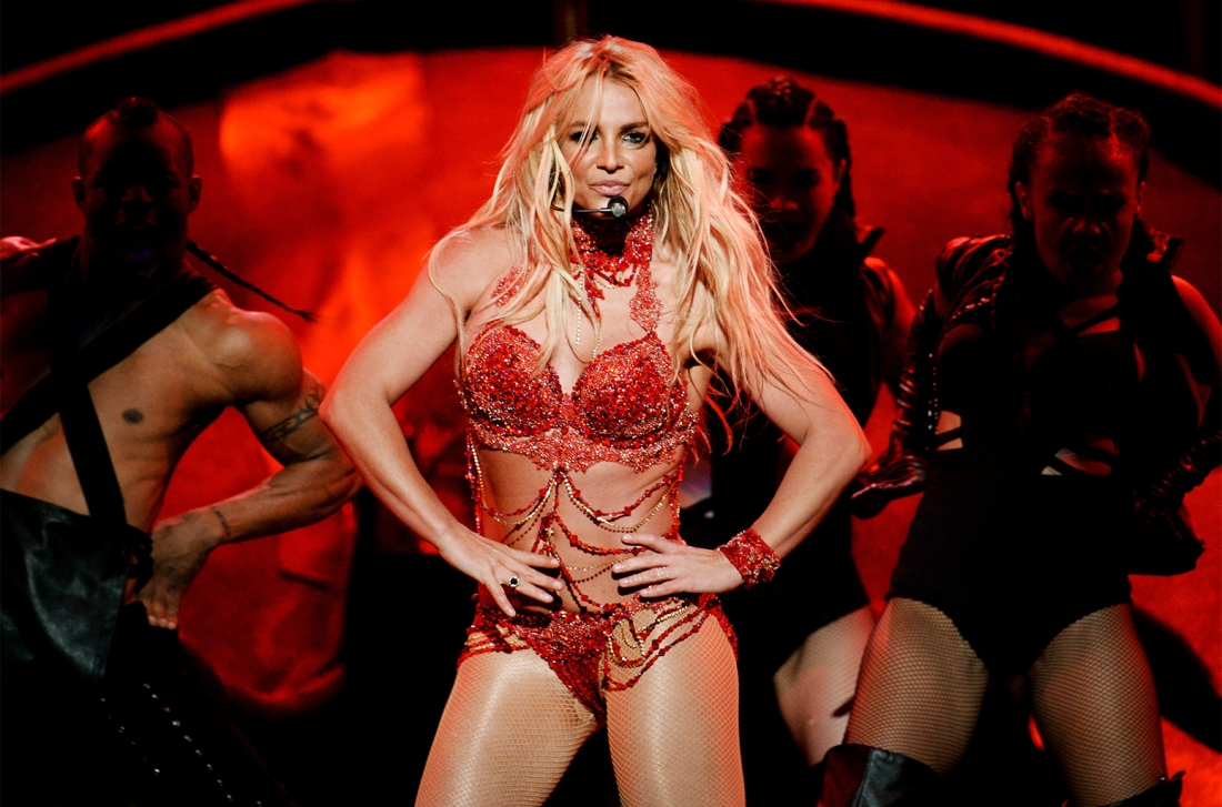 bbma-britney-spears-performance-2016-billboard-1548-650
