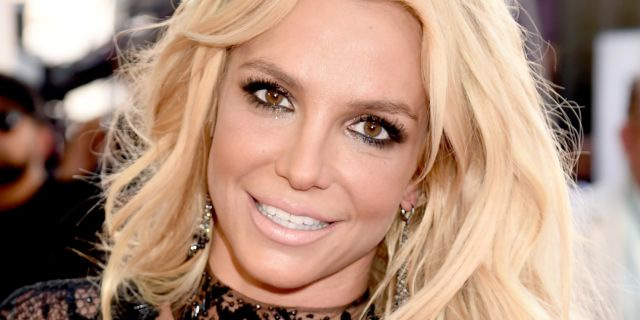 landscape-1463959560-britney-spears-billboard-2016-5-1.jpg
